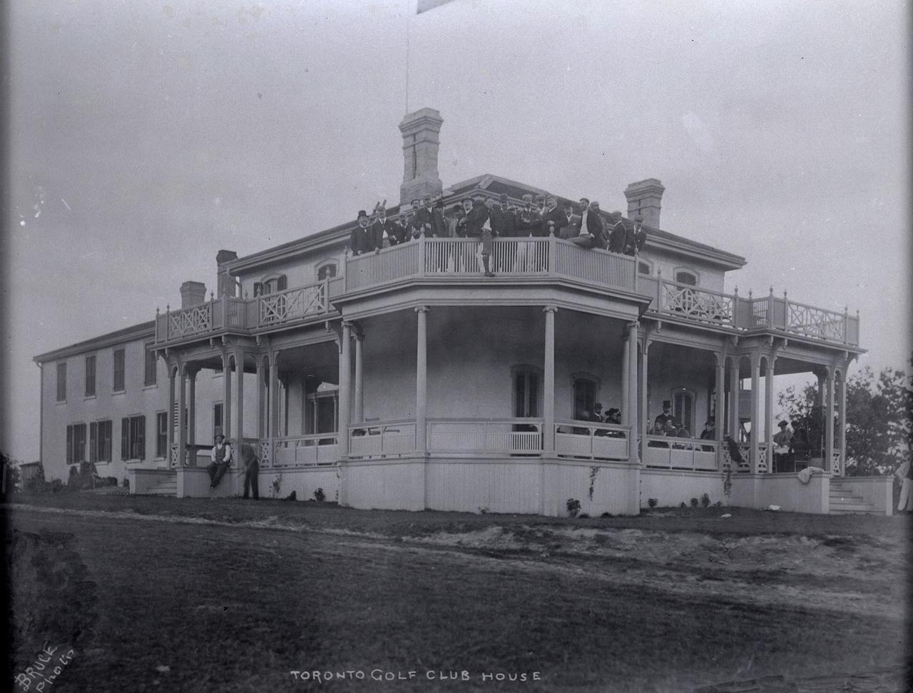 Toronto Golf Club, Gerrard St. E., n. side, e. of Coxwell Ave.