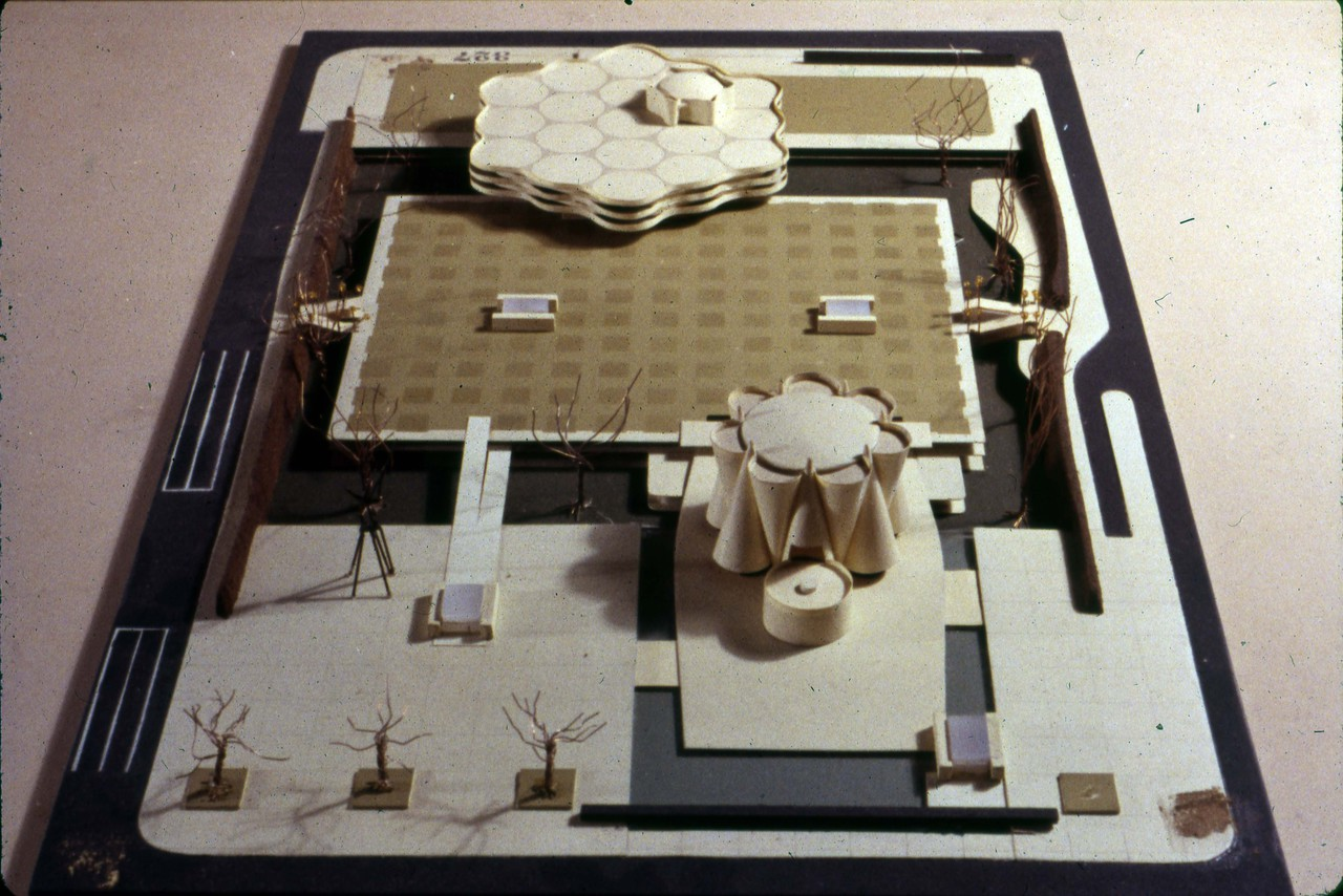 Simon Eisner entry, City Hall and Square Competition, Toronto, 1958, architectural model