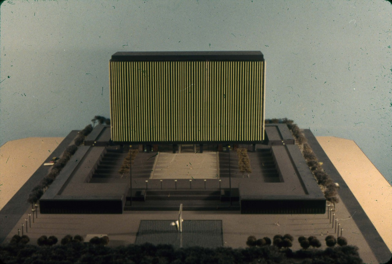 William Hayward and Associates entry, City Hall and Square Competition, Toronto, 1958, architectural model