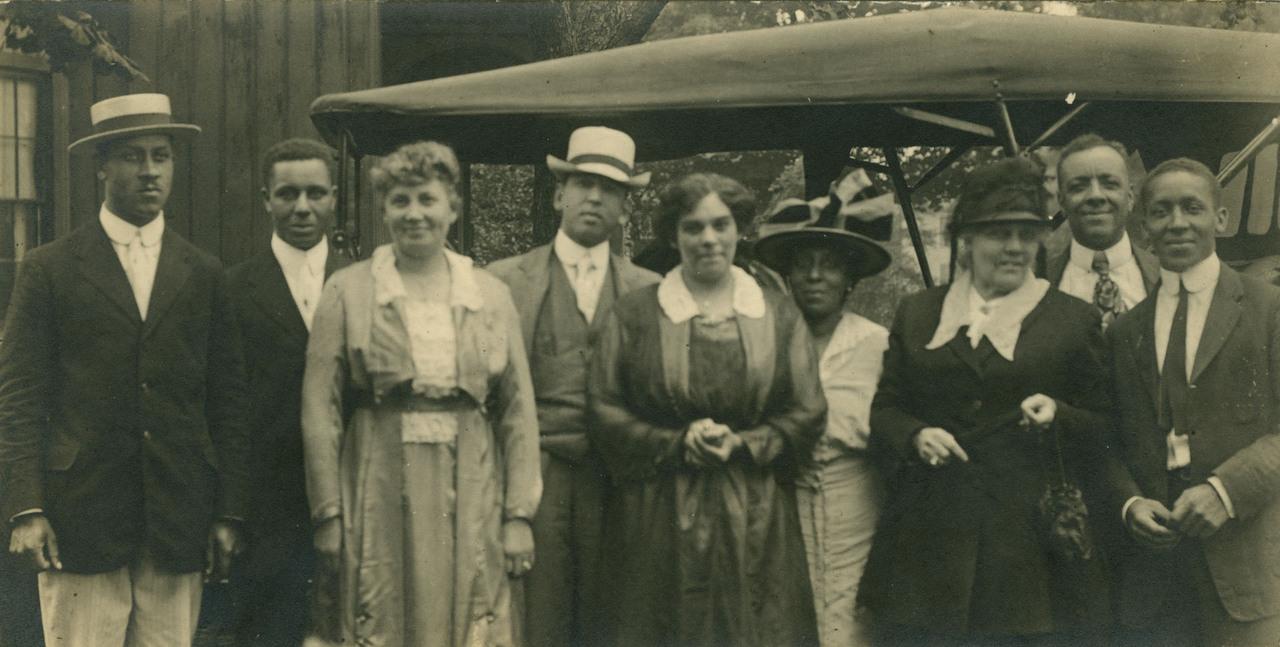 Abbott family group