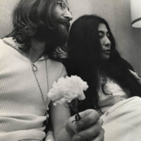 TS-002_65-B-237_John Lennon and Yoko Ono_f.jpg