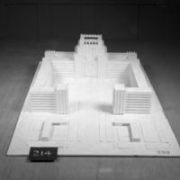 L. Kurpatow entry, City Hall and Square Competition, Toronto, 1958, architectural model